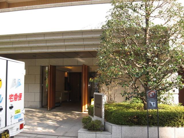 コスモ平井ステーションアベニューのエントランス