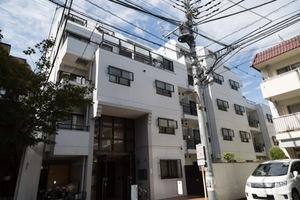 ライオンズマンション東高円寺の外観