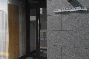 パレス御茶ノ水2号館のエントランス
