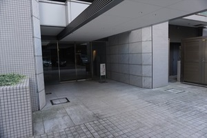 クラッシィスイート赤坂のエントランス
