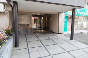 玉川台スカイマンションのエントランス