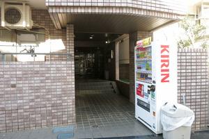 スターホームズ渋谷本町のエントランス