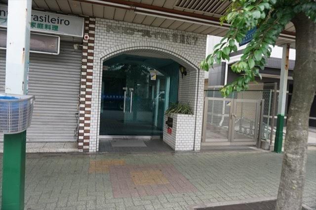 ニックハイム鶴見第7のエントランス