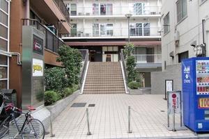 渋谷藤和コープのエントランス