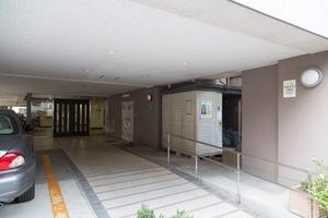 ライオンズマンション高円寺のエントランス