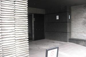 コスモ小竹向原ガーデンフォルムのエントランス