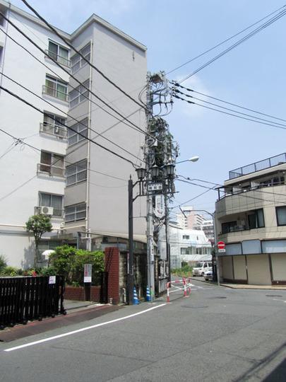 新宿コーポ1号館の外観