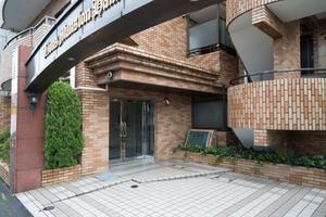 ライオンズマンション浜田山第3のエントランス