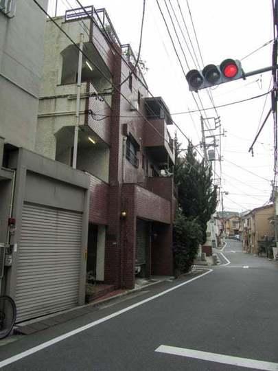 中野サニーハイツの外観