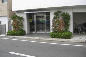 アルカンシエル駒沢のエントランス