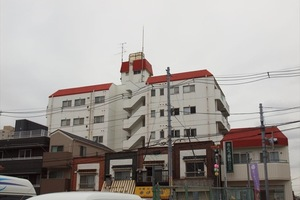 大島ロイヤルマンションの外観