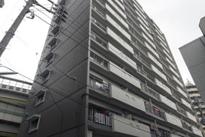 朝日板橋マンションの外観