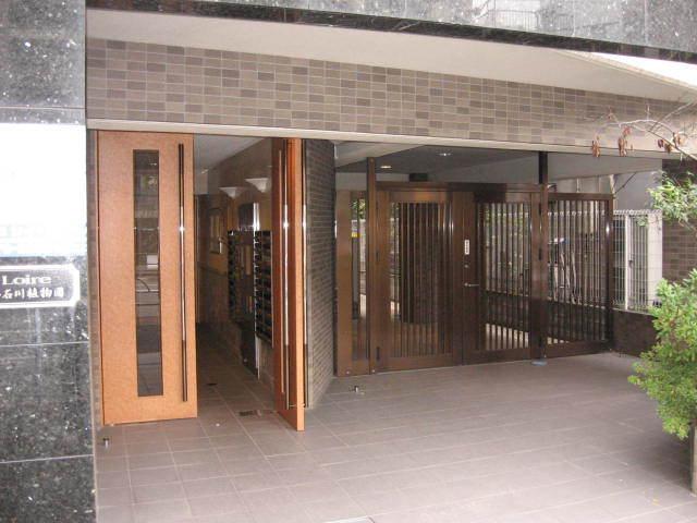 ロアール小石川植物園のエントランス