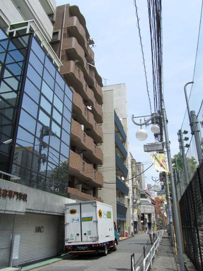 新宿サニーコートPARKSIDEの外観