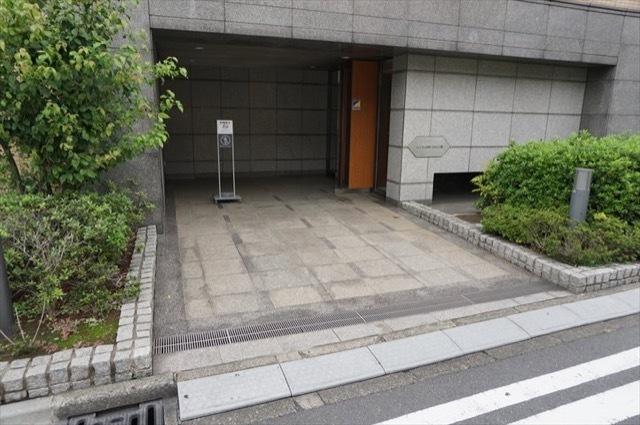 コスモ川崎小田公園のエントランス