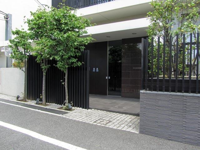スタイルハウス神楽坂のエントランス