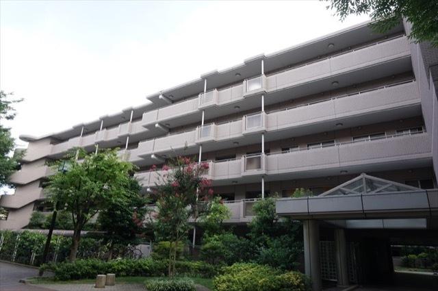レシオン武蔵小杉C棟の外観