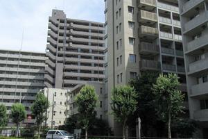 ナビウス西新宿の外観