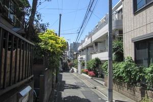 グローリア初穂西早稲田の外観