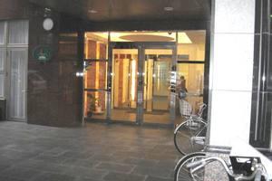 葛西駅前グリーンホームズのエントランス