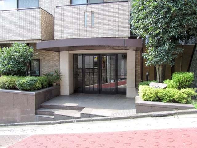 エンブレム目黒茶屋坂のエントランス