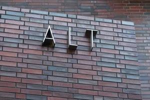 アルトの看板