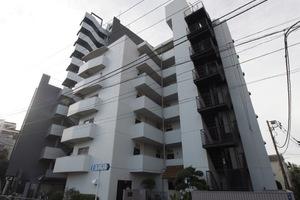 マンション板橋本町の外観