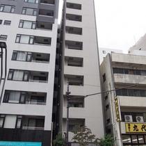 レヴィーナ東京八重洲通り