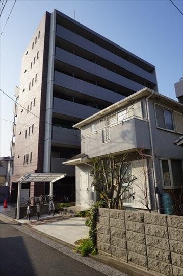 スパシエカステール横浜吉野町の外観