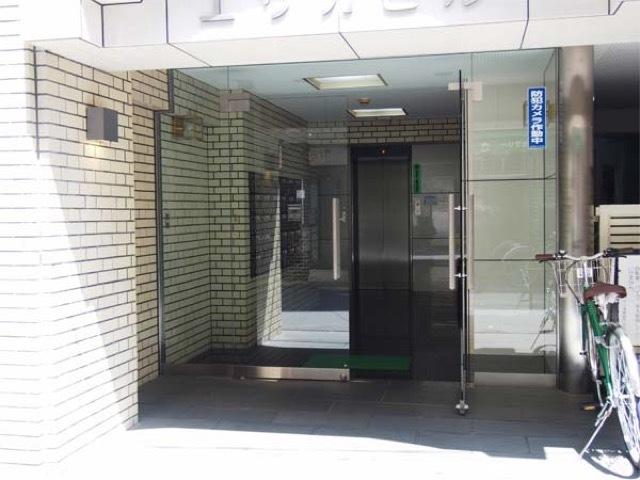 扶桑ハイツ浅草雷門のエントランス