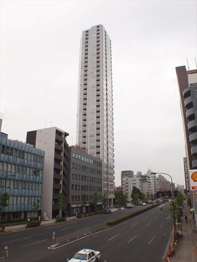 プラウドタワー白金台の外観