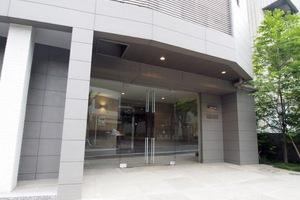 メイクスデザイン板橋区役所前のエントランス