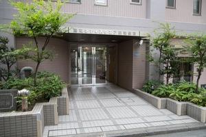 藤和シティスクエア荻窪駅前のエントランス