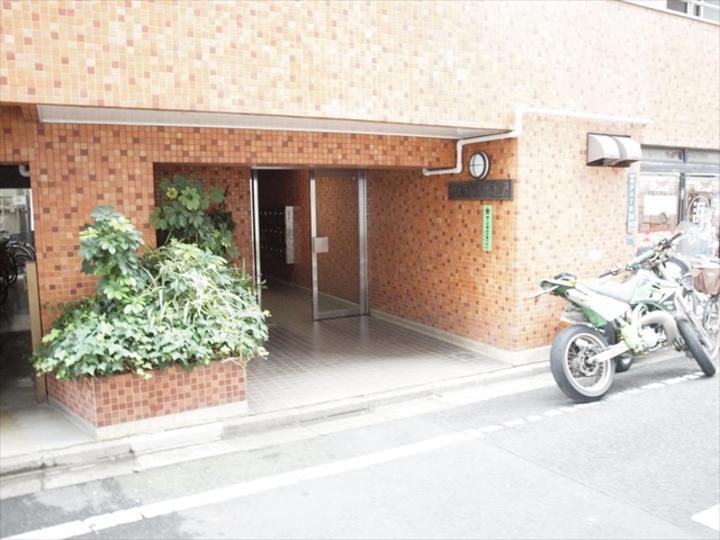 ヴェラハイツ亀戸のエントランス