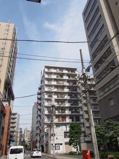 中銀第2東上野マンシオンの外観
