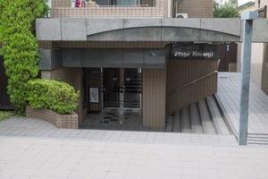 ステージ高円寺のエントランス