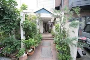 ガーデンホームズ武蔵小山のエントランス
