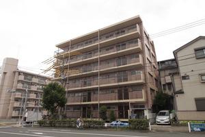 三田高島平第2コーポの外観