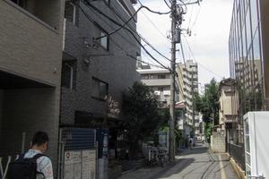 スカイコート西新宿第2の外観