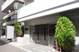 メインステージ千代田岩本町コモデのエントランス