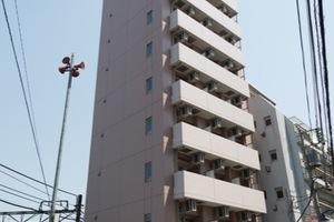 ヴァレッシア武蔵関駅前シティの外観