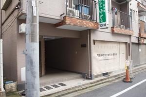 ハイツ富岡のエントランス