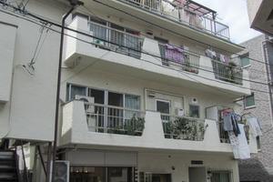 新宿ニューキャニオンタウンハウス
