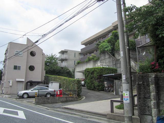 パークハイム新宿落合台の外観
