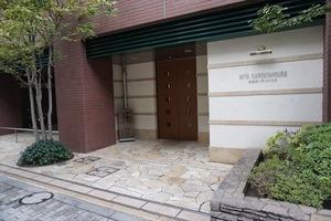 三田ガーデンハウスのエントランス