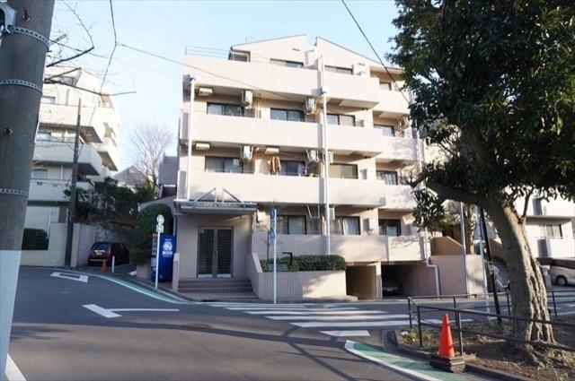 ライオンズマンション横浜山手の外観