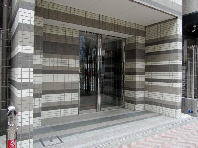 プレミアムキューブジー渋谷神南のエントランス