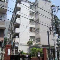 新宿コーポ1号館