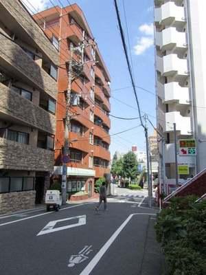 シャンボール柿ノ木坂の外観