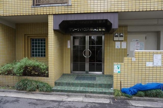 マリーナハウス横浜1番館のエントランス